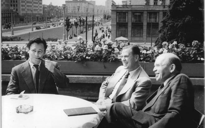 Berlin, Karl-Marx-Allee, Henselmann, Otto John, Correns