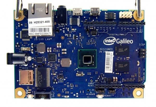 Embedded_World_2014_Intel_Galileo_01-e1468574260370