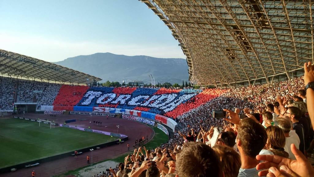 POLJUD JE GORIO: Ni vatrena bakljada nije pomogla Hajduku, Dinamo pobijedio 4:0