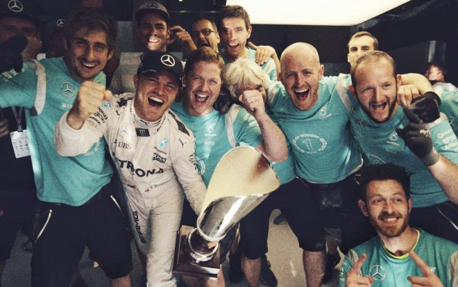 Facebook Nico Rosberg: Photo: Paul Ripke