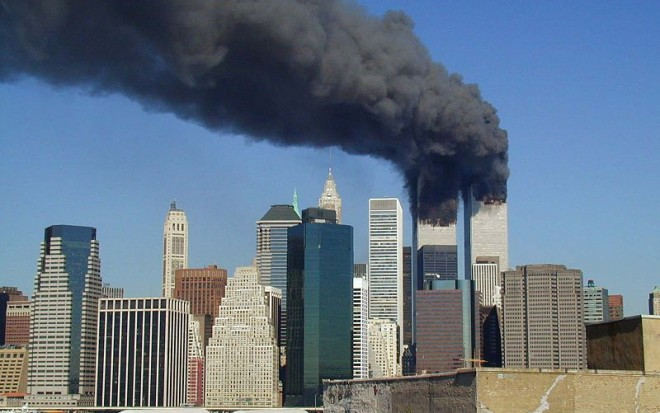 800px-wtc_smoking_on_9-11