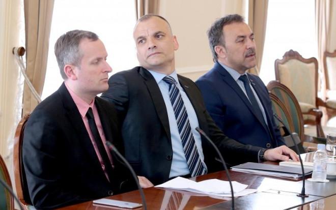 Ante Sprlje, Danijel Markic, Vlaho Orepic.  Photo: Patrik Macek/PIXSELL