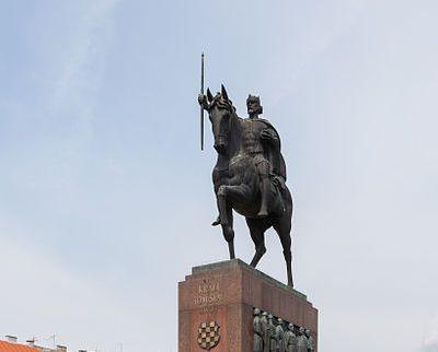 Robert Franges Mihanovic Autor Skulpture Kralja Tomislava
