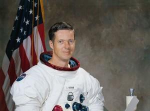 Astronaut_Joseph_Kerwin_portrait