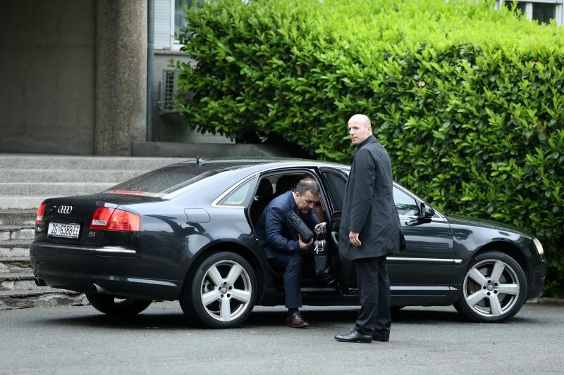 28.04.2017., Zagreb - Ministar unutarnjih poslova Vlaho Orepic dolazi na posao. Photo: Robert Anic/PIXSELL