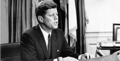 473px-President_Kennedy_addresses_nation_on_Civil_Rights,_11_June_19631