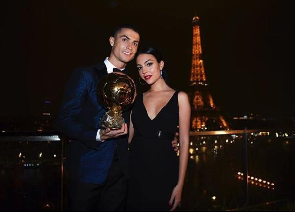 (FOTO) Cristiano Ronaldo famoznoj Georgini javno priznao što osjeća prema njoj, na njen odgovor reagirale tisuće!