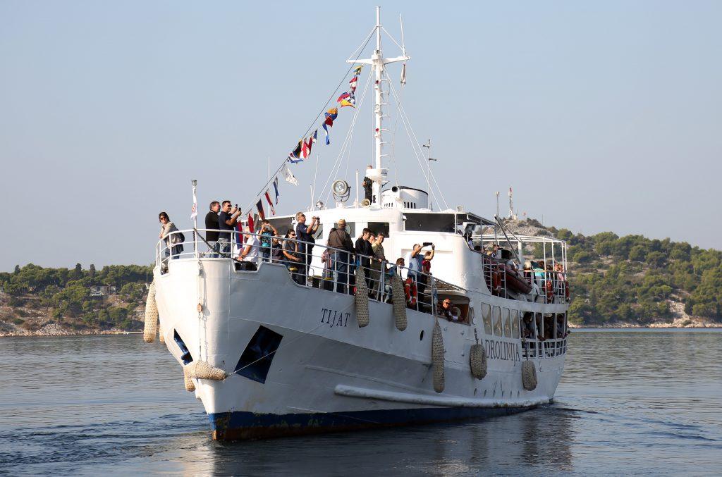 Brodovi OZALJ i TIJAT (bivsi Valjevo i Ohrid) - Page 4 PXL_141018_22327480-1024x677