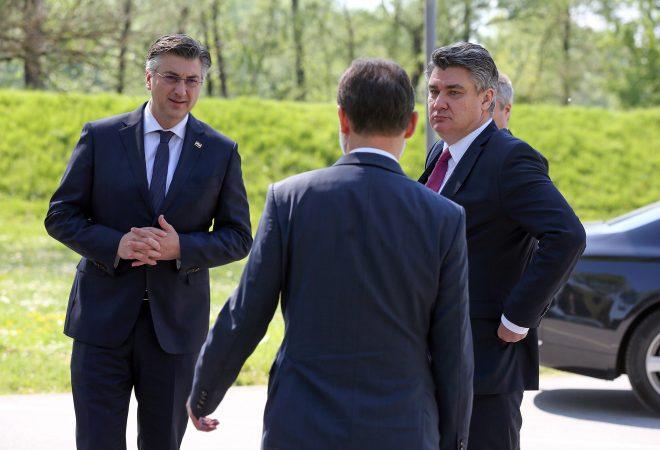 PLENKOVIĆ I MILANOVIĆ OSTAVLJAJU MARKIĆA NA ČELU SOA-e: Ovo su ...