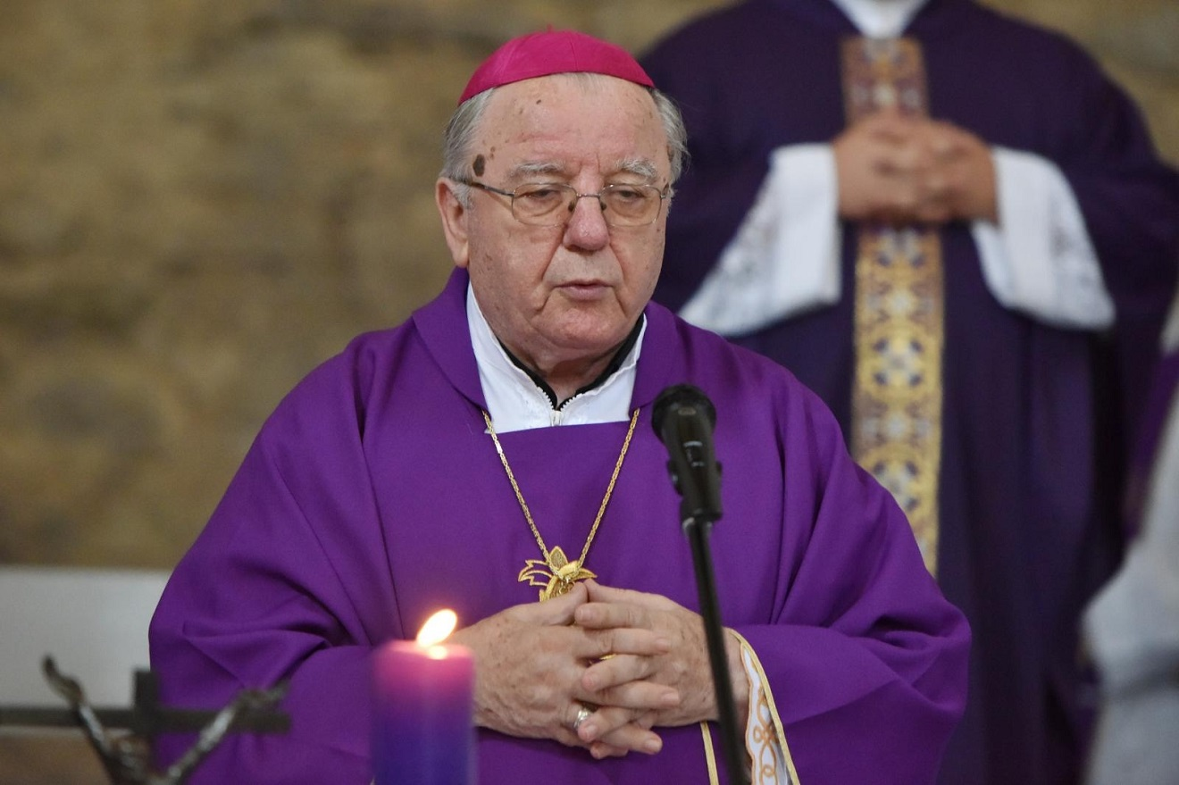 Biskup Mile Bogović preminuo od posljedica koronavirusa   Dnevno.hr