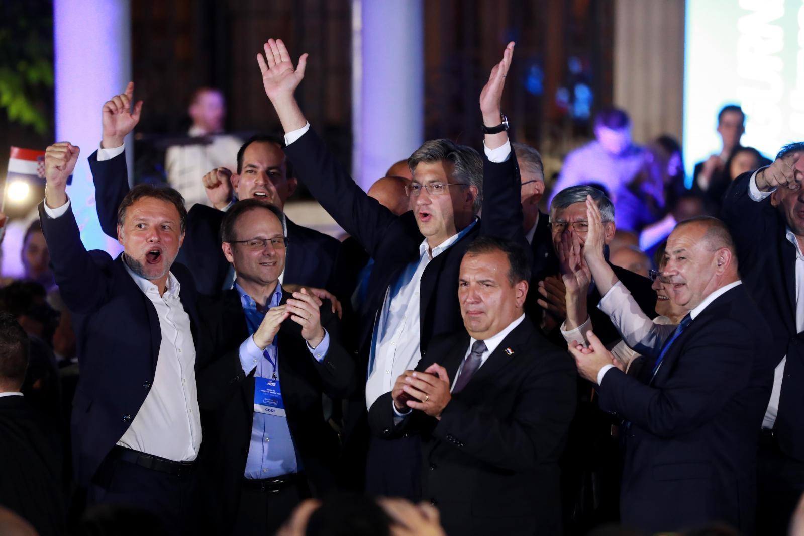 MOĆNOM HDZ-ovcu COVID POREMETIO PLANOVE: Još jedan kandidat za gradonačelnika pozitivan na koronu, POVLAČI LI KANDIDATURU?