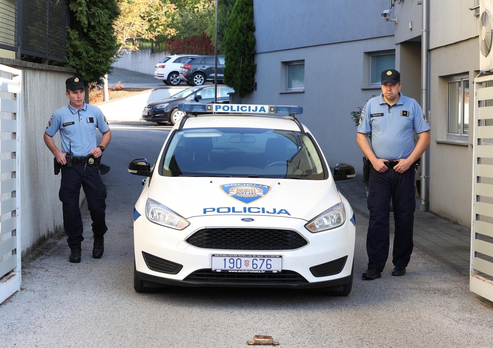 VELIKA OPERACIJA: Stotine policajaca razbilo zločinačko udruženje! Uhićenja u Zagrebu i u Splitu